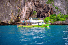 KRABI - DECEMBER 1: Long boat and tourist at Maya bay in Phi Phi Royalty Free Stock Images
