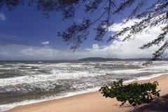 Krabi plaży linia obraz stock
