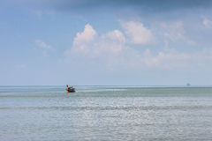 Krabi Tailandia - Krabi 20: Vista del mare della spiaggia in Krabi Tailandia 20/0 Immagine Stock Libera da Diritti