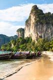 Krabi, Tajlandia, Grudzień 11,2013: Railay plaża, Krabi, Andaman morze Obraz Royalty Free