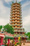 KRABI THAILAND - JULI 24, 2017: Kinesisk relikskrin i Krabi, Thaila Royaltyfri Bild