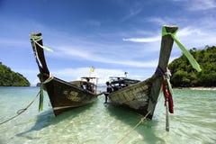 KRABI THAILAND-MAY 4: Avskilt hav (Thale Waek) Royaltyfria Bilder