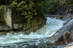 Krachtige waterval Royalty-vrije Stock Foto's