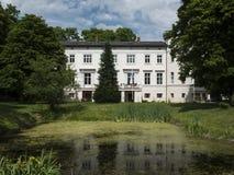 Kraenzlin Gutshaus公园 免版税库存照片