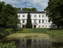 Kraenzlin-Gutshaus-parque Fotos de Stock Royalty Free