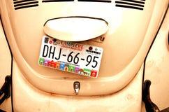 Kraftfahrzeugkennzeichen auf Auto in Campeche-Stadt Yukatan am 14. Februar 2014 Mexiko Lizenzfreies Stockbild