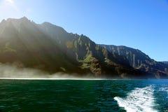 kraftfull USA för kustlinjehawaii kauai napali Arkivbilder