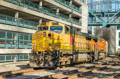 Kraftig diesel- lokomotiv Royaltyfria Bilder