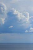 Kraftig himmel ovanför Black Sea royaltyfri foto