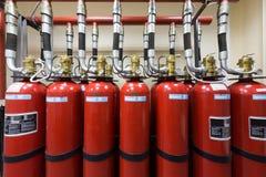 Kraftig industriell brand - släckningssystem royaltyfri bild