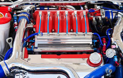 Kraftig motor av bilen Royaltyfri Foto