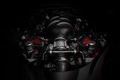 Kraftig v8 motor av den snabba italienska bilen royaltyfri fotografi
