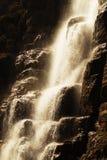 Kraftig vattenfall Royaltyfri Fotografi