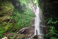 Kraftig vattenfall i Bali Arkivfoton