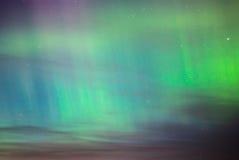 Färgrik Norther tänder i på nätterna skyen Fotografering för Bildbyråer