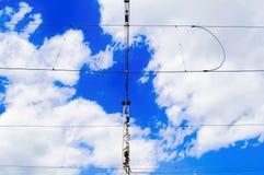 Kraftledning mot himlen Royaltyfria Bilder