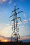 Kraftledninghög-spänning Fotografering för Bildbyråer