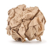 Kraftpapier zerknittert in einen Ball stockfotos