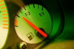 Kraftstoffanzeige Lizenzfreie Stockfotos