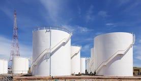 Kraftstoffvorrat-Behälter Lizenzfreie Stockfotografie