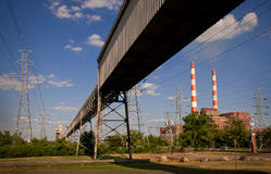 Kraftwerk-Kohle lizenzfreie stockbilder