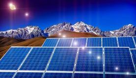 Kraftwerk unter Verwendung der auswechselbaren Solarenergie Lizenzfreies Stockbild