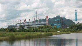 Kraftwerk von der Kohle lizenzfreies stockfoto