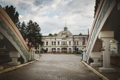 Kragujevac, Σερβία - 18 Ιουλίου 2016: Το μουσείο Stara Livnica, εντοπίζει κοντά στο παλαιό εργοστάσιο σε Kragujevac, Σερβία Θαυμά Στοκ φωτογραφίες με δικαίωμα ελεύθερης χρήσης