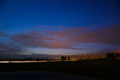 Krajobraz dramat nocy malownicza droga kołysa niebo Obrazy Royalty Free