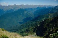 Krajobraz, g?ry zakrywa? z greenery Zachodni Kaukaz, Sochi obraz stock