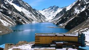 Krajobraz halny śnieg i ośrodek narciarski w Santiago, Chile obraz stock