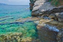 Krajobraz jasny, turkusowy morze Fotografia Royalty Free
