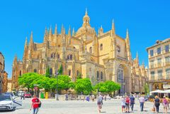 Krajobraz katedra Segovia i głównego placu plac Ma, Obrazy Royalty Free