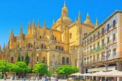 Krajobraz katedra Segovia i głównego placu plac Ma, Zdjęcia Stock