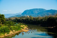 Krajobraz Mekong rzeka i góry Lato Laos Luang Prabang Obrazy Royalty Free
