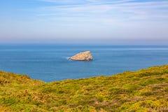 Krajobraz na opancerzenie linii brzegowej - Brittany, Francja Zdjęcia Stock