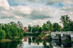 Krajobraz na rzece przegapia Papierowego młyn obrazy stock