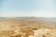 Krajobraz od krateru Ramon na pustynia negew Obrazy Stock
