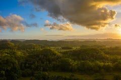 Krajobraz w Filipiny zmierzch nad polami na wyspie Bohol Zdjęcie Royalty Free