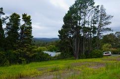 Krajobraz z górami i karetką zdjęcia stock