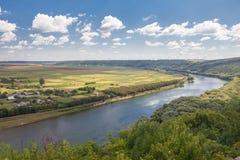 Krajobraz z rzeką Fotografia Royalty Free
