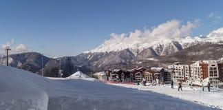 Krajobraz z wioską olimpijską Rosa Khutor, Sochi, Rosja Obraz Royalty Free