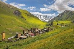 Krajobraz z wioską Ushguli w Górnym Svaneti, Gruzja Zdjęcia Stock