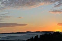 Krajobraz zakrywający z mgły warstwą Fotografia Royalty Free