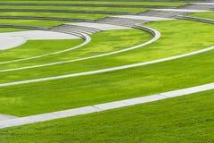 Krajobraz Zielone okrąg halizny z środkową aleją obraz royalty free