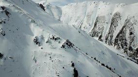 Krajobraz zim góry z trutniem zbiory wideo