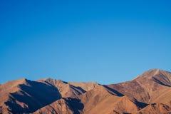 Krajobrazowa góra z niebieskim niebem Obrazy Royalty Free