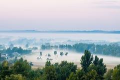 Krajobrazowa ranek mgły wieś Obraz Royalty Free