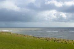 Krajobrazowego formata niewygładzony nabrzeżny widok zdjęcia royalty free