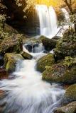Krajobrazowej fotografii piękna siklawa w jesień lesie Thailan Zdjęcie Stock